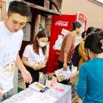 【石川県加賀市】忙しすぎる酒屋が東京の大学生と地元でおかんアート展をするまで